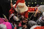 06.12.2017. Włączenie iluminacji na miejskiej choince i wizyta świętego Mikołaja